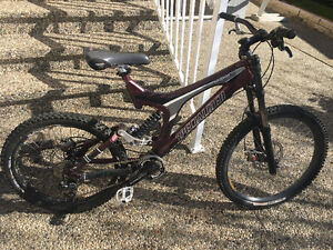 SPECIALIZED BIGHIT WITH FULL SUSPENSION DISC BRAKES SOLID$299