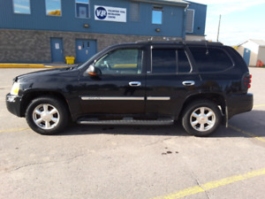 04 GMC Envoy SLT 4X4 FULLY LOADED (SAFETY CERTIFIED)