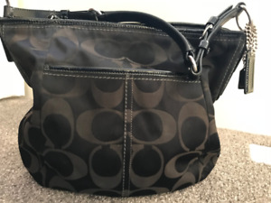 Coach purse - immaculate condition