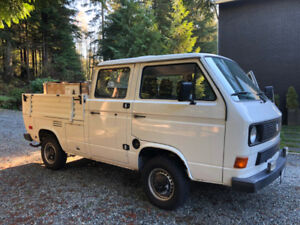 VW Lovers Alert!  1985 VW Double Cab (Doka) Transporter
