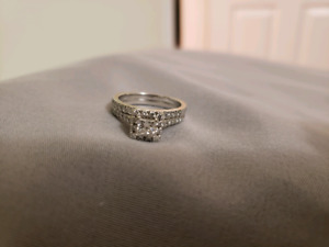 Diamond Boi Wedding Ring And Wedding band
