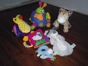 Lot de jouet pour bébé