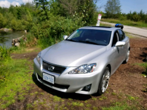 2012 Lexus, is250 (second owner)