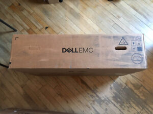 WANTED: DELL 1U SERVER BOX. PAY CASH