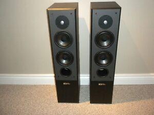 Sound Dynamics home theater speaker set Kitchener / Waterloo Kitchener Area image 2