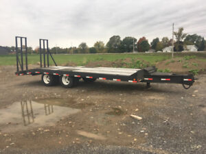 Equipment float trailer