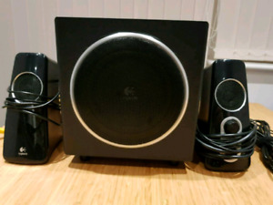 Logitech  Z523 speakers + subwoofer