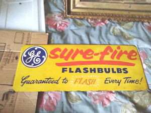 LOVELY PAINTED METAL G.E. FLASH BULBS ADVERTISING SIGN