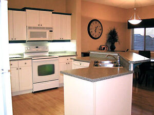 FURNISHED SW HOUSE! 3 BEDROOM! ALL UTILITIES PAID! CABLE! NET! Edmonton Edmonton Area image 5