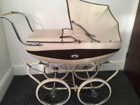 Vintage Pedigree coach built dollpram