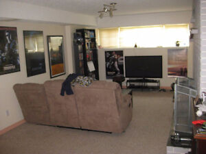 Cozy clean large 2-bedroom near school and park