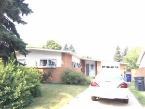 1 Bedroom & Den Close to the U of S in Sutherland