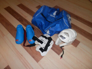 Equipement de sport de combat pour enfant  (Kung Fu, Karaté)