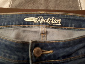 Ladies size 16 skinny jeans immaculate condition smoke pet free