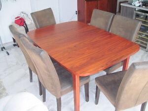 mobilier de salle à manger en bois de rose