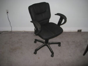 Rolling desk chair - good quality.