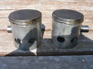 Pistons rings pines et clips Yamaha RD 350 std bore 64.00 mm