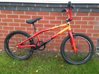 KHE DIRTY BUSTER. BMX BIKE