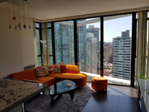 Beautiful Furnished 1 Bedroom + Den in Coal Harbour