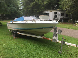 1985 Doral boat with 115hp yamaha outboard