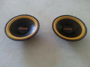"""Thump! 400 watts 12"""" woofer system (a pair)"""