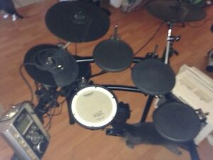 Roland t9 electric drum set with extras