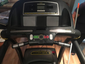 Livestrong Treadmill for Sale! Barely Used! (In Laval)
