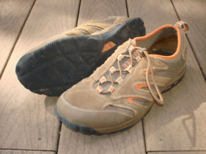 Men's Hiking Shoes