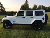 "Jeep Wrangler unlimited ""Altitude Package"""