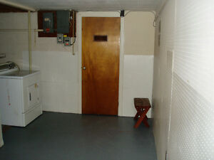 Room in Student House Kawartha Lakes Peterborough Area image 4