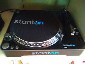 2 Stanton T62 Direct drive turntables with boxes and manuals