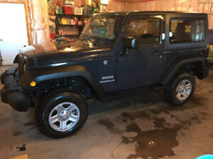 2017 Jeep Wrangler sport only 3700 kms