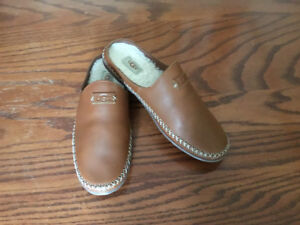 NEW women's UGG leather slippers
