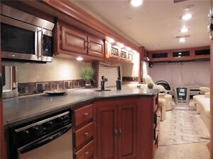 2010 Forest River Georgetown 337DS - Class A RV 33' - REDUCED! West Island Greater Montréal image 5
