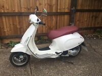 Vespa primavera 2014 white 125cc clean bike!!