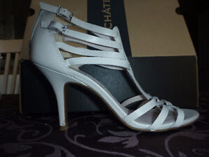Le Chateau high heel sandals - white - 7M
