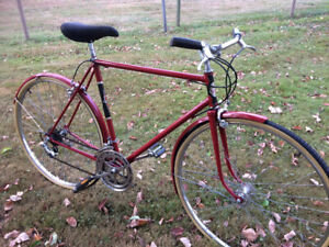Vintage Early 70s 10 Speed Supercycle Road Bike
