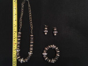Necklace, Bracelet & Earing sets.