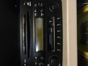 Stereo / Radio / CD - Bose  -player from Nissan 350z OEM
