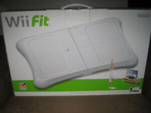 [NEW IN BOX] WII FIT (2008,NINTENDO WII)