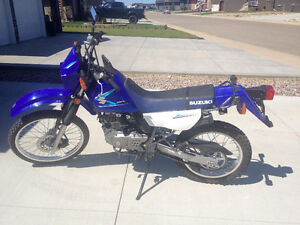 2008 DR200 in Like New Condition!!