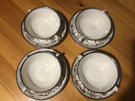 Grays Pottery Fine China Set of 4 Bowls with Saucers 7507