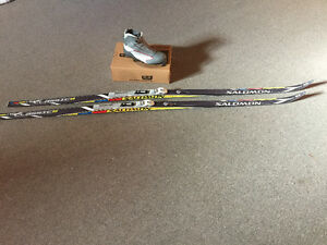 Salomon classic skis and boot package