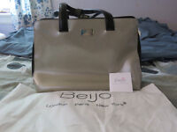 Beijo Bag Classic Collection
