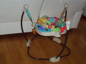 Jumperoo exerciseur, sauteur fisher price