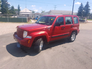 2010 jeep liberty AWD