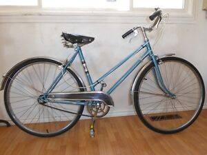 The Hudson's Bay Women's vintage Bike