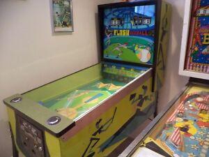 FLASH BASEBALL, antique talking pinball machine.