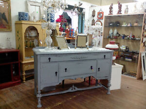 VINTAGE PAINTED DISPLAY CABINET BUFFET SIDEBOARD DRESSERS