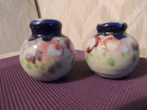 Antique and Novelty Salt and Pepper Shakers Peterborough Peterborough Area image 4